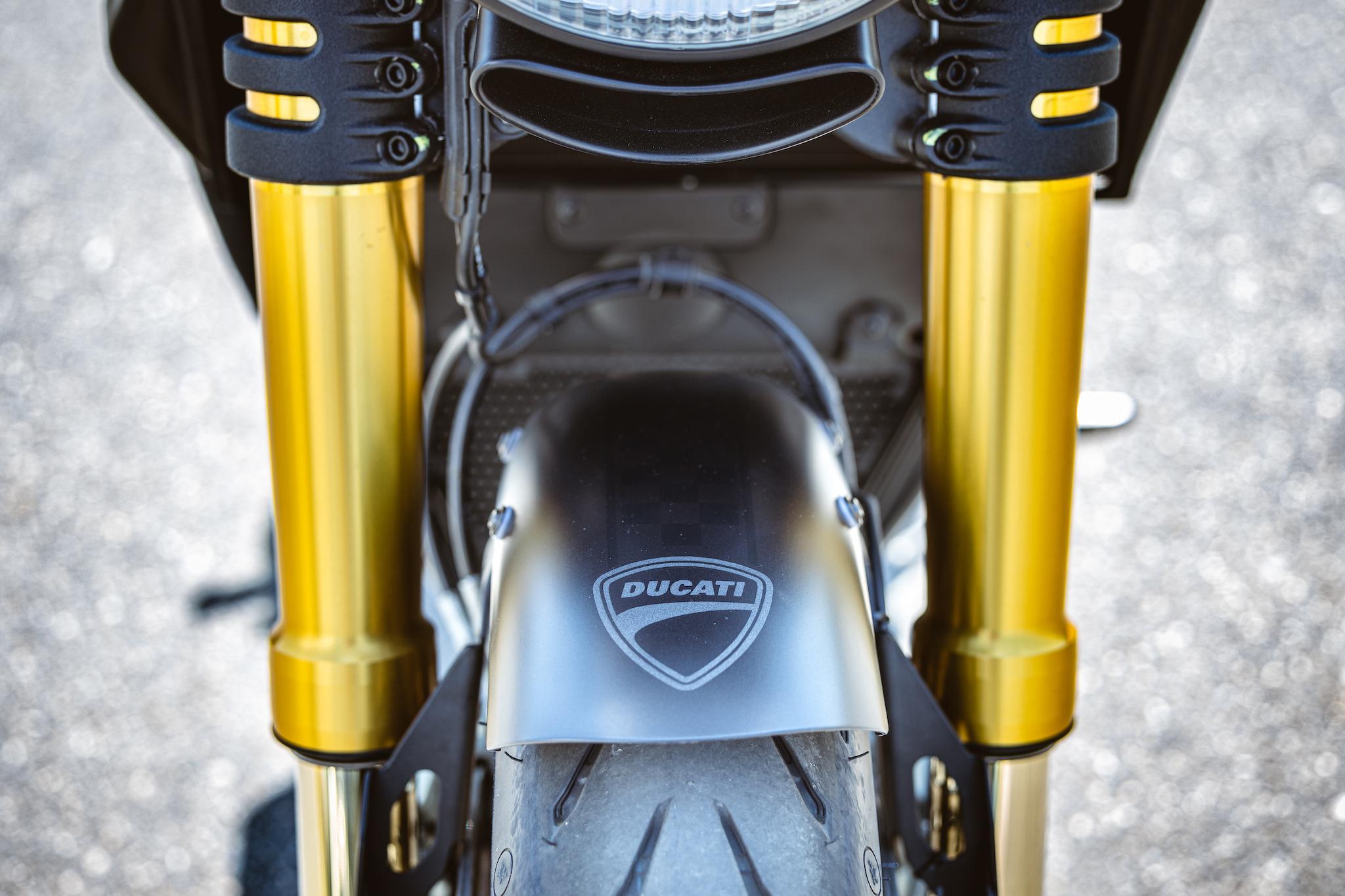 Ducati_Panigale_naked_dream-motos_Madpik-small12