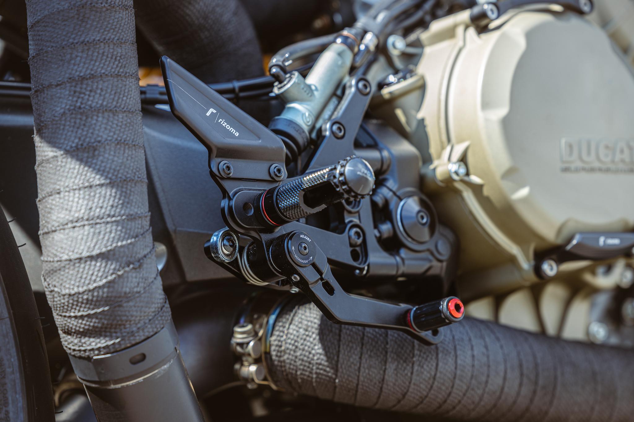Ducati_Panigale_naked_dream-motos_Madpik-small16