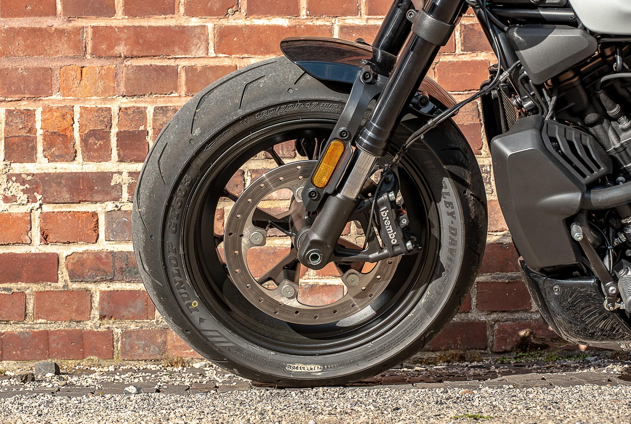 Harley-Davidson pneu avant