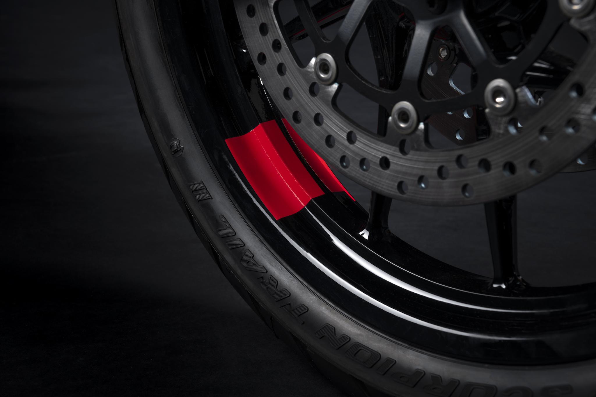 Ducati roue