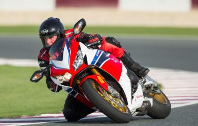 «Total Control» pour la Honda CBR1000RR SP :: Honda