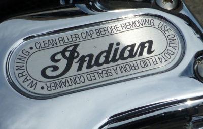 Indian a déterré la hache de guerre :: Indian
