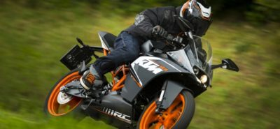 La petite sportive KTM arrive en Suisse :: En bref
