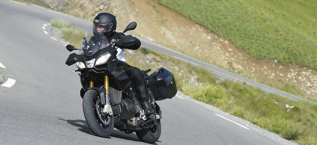 Aprilia Caponord, une moto, mille chemins, des suspensions «invisibles»