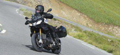 Aprilia Caponord, une moto, mille chemins, des suspensions «invisibles» :: Aprilia