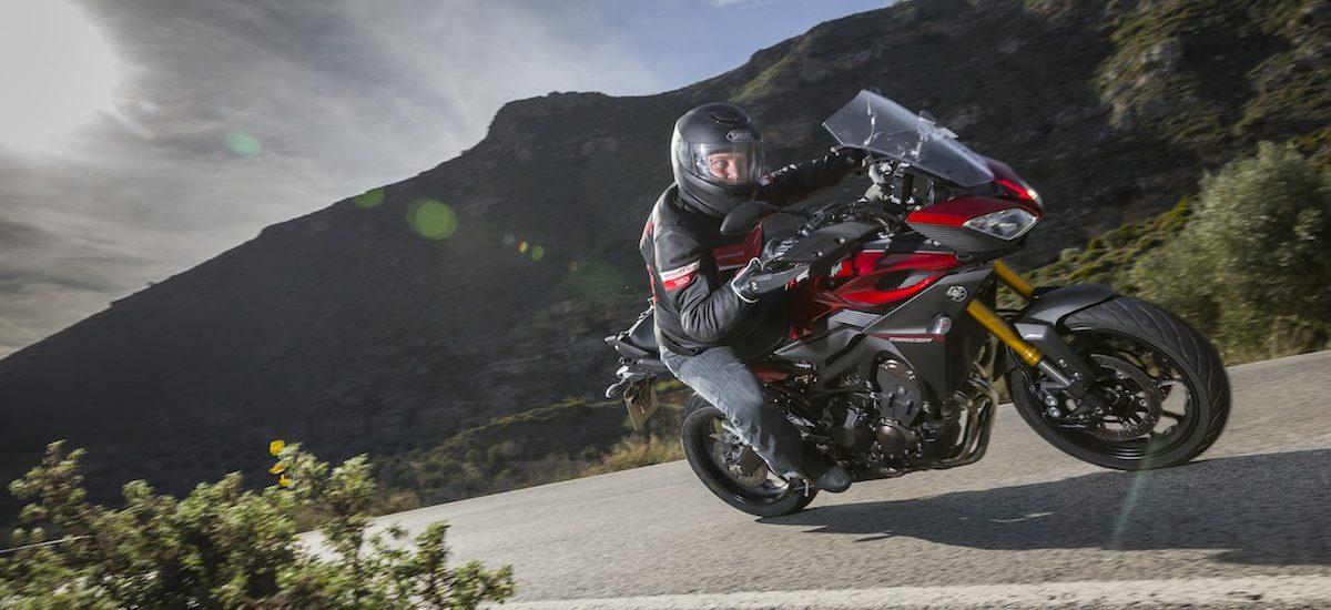 Yamaha Tracer (MT-09), la moto polyvalente qui aime faire des conneries