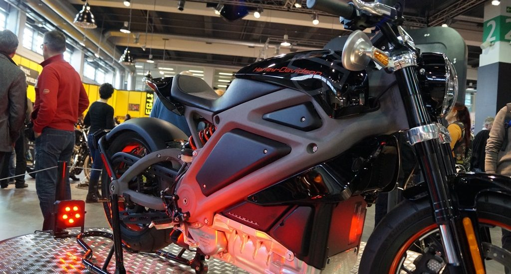 Ouverture réussie pour la grand-messe de la moto du scooter et des équipements Swiss-Moto