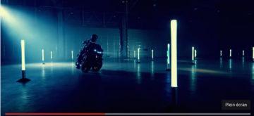 Le trois roues Yamaha sur base MT-09 en action en vidéo!