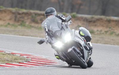Yamaha FJR 1300 2016 – Le côté sport mis en lumière! :: Test Yamaha