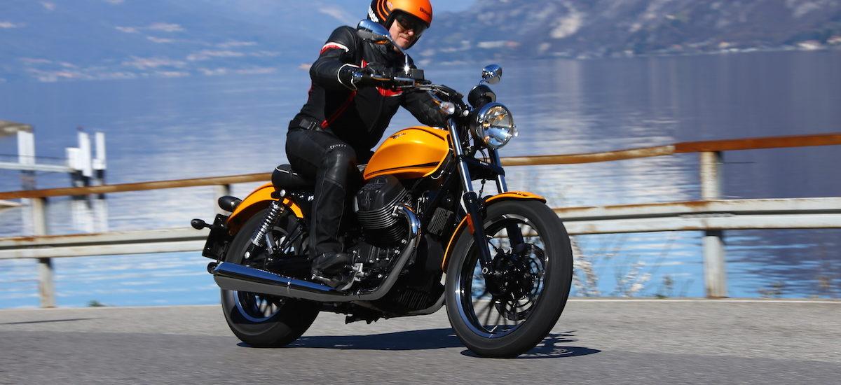 La nouvelle Moto Guzzi V9, diVertissante, en version bobber ou classique