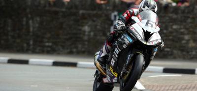 Une course record pour Michael Dunlop et sa BMW sur l'Ile le Man :: Tourist Trophy