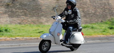 La célèbre Vespa PX fait elle aussi partie des victimes d'Euro 4 :: Actu, Motos, Scooters, Slider
