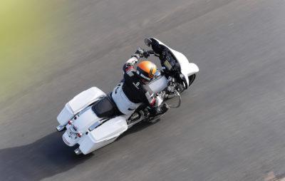 Premières impressions sur la Harley Street Glide avec moteur 107 :: Essai Harley-Davidson