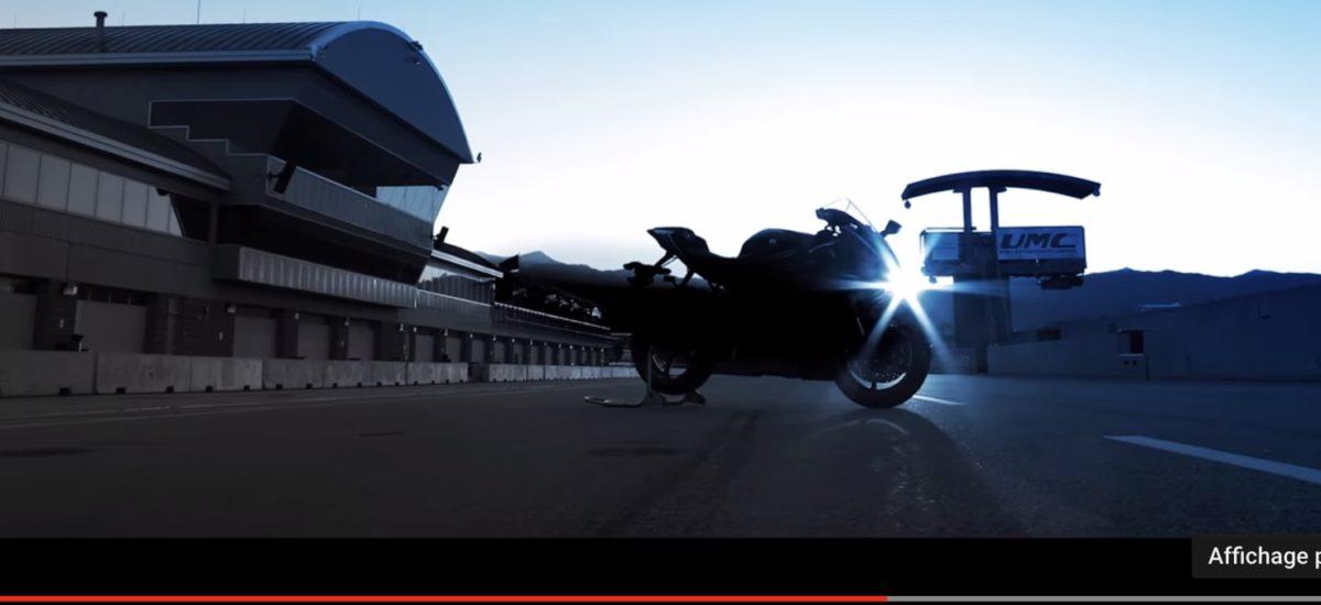 La nouvelle Yamaha R6 aura des lignes proches de la R1