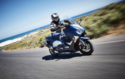 Le TMAX nouveau s'est embourgeoisé, mais reste un vrai sportif :: Test Yamaha