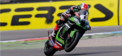 Rea remporte la première course après l'abandon de Davies :: Superbike Assen