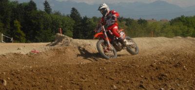 Auberson (Killian) et Clermont (Jason) dominent à Cossonay :: Motocross suisse