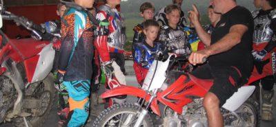 Le motocross, bon pour les enfants, nous avons testé à Moudon :: Formation