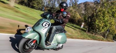 Hommage à l'époque où Vespa gagnait des courses! :: Vespa GTV 300 Sei Giorni