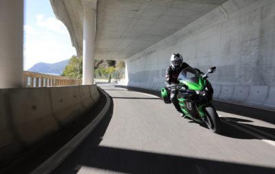 La Kawasaki Ninja H2 SX, ou le voyage moto compressé :: Test Kawasaki
