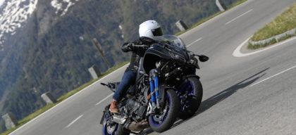 La Yamaha Niken Un Ovni à Trois Roues Sur Les Pentes Autrichiennes