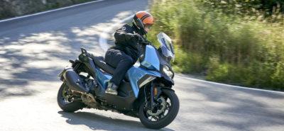 Avec le C 400 X, BMW nous sort un scooter mid-size plutôt sportif :: Test BMW