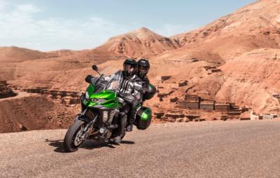 La Versys 1000 fait peau neuve et voyagera mieux! :: Nouveauté Kawasaki