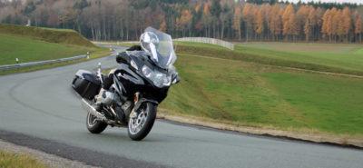 La tourer de BMW devient R 1250 RT et se civilise à basse vitesse :: Test BMW