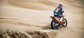 Dakar étape 8: l'armada KTM dévoile son jeu tandis que Brabec casse son moteur