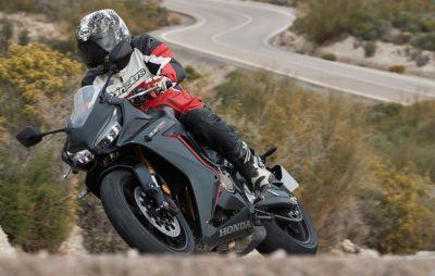 Honda revient dans le sport Midsize avec une «Baby Fireblade» :: Test Honda