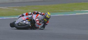 Lüthi et Navarro imitent Marc Marquez sous la pluie du Mans