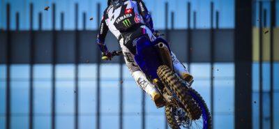 Jeremy Seewer sur le podium du Grand Prix motocross d'Indonésie :: MXGP 2019