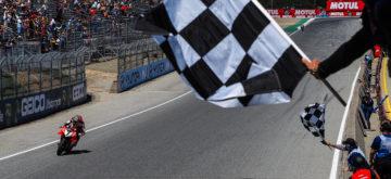 Chaz Davies remporte sa première course de l'année à Laguna Seca