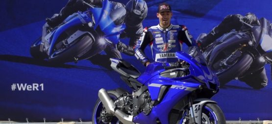 Robin Mulhauser teste la nouvelle Yamaha YZF-R1 2020
