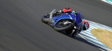 La nouvelle Yamaha R1 passe l'écueil Euro 5 avec maestria
