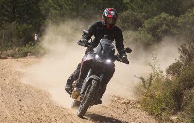 La mythique Africa Twin ne craint ni les cailloux ni la poussière :: Test Honda