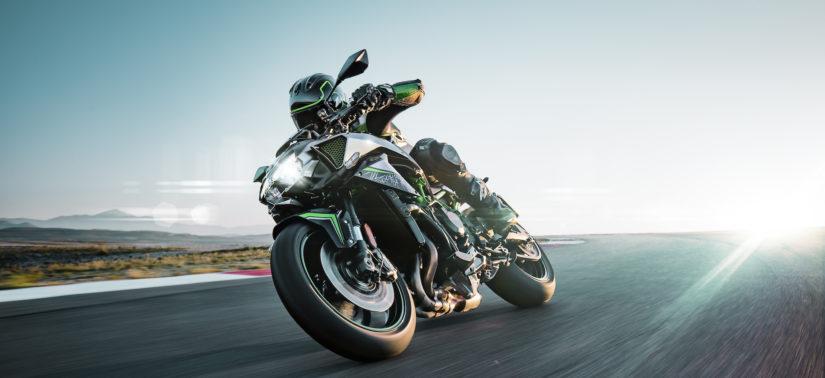 Kawasaki lève le voile sur sa Z H2 suralimentée :: Nouveauté 2020 :: ActuMoto