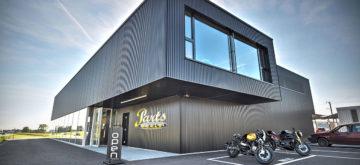 Hostettler Group avale Parts World SA sur le marché des accessoires et habits moto