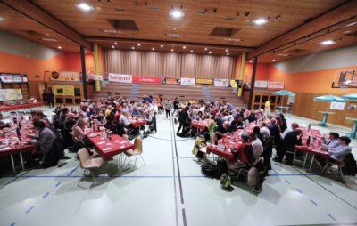 Des champions du voyage honorés à Saint-Maurice par la fédé suisse :: Ch. suisse tourisme