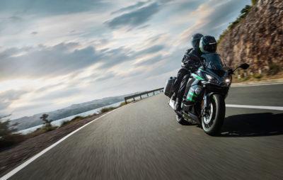 La Sport-Touring Ninja 1000 SX gagne de l'équipement et du confort :: Nouveauté 2020