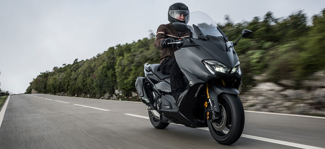 Essai du nouveau Yamaha TMAX 560 et Tech MAX au Portugal