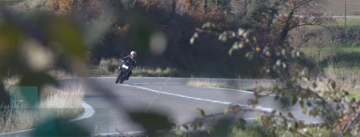 L'essai de la nouvelle Kawasaki Z900 en Catalogne