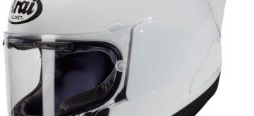 Arai lance le RX-7V Racing, avec un spoiler!