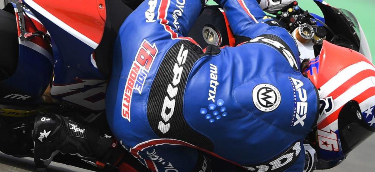 Joe Roberts bat le record du circuit! Thomas Lüthi chute deux fois en FP2!