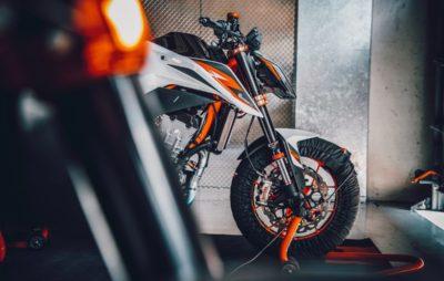 890 Duke R: le Super Scalpel de KTM sous la loupe :: Nouveauté 2020