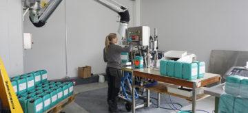 La marque suisse Motorex se met à livrer du gel désinfectant