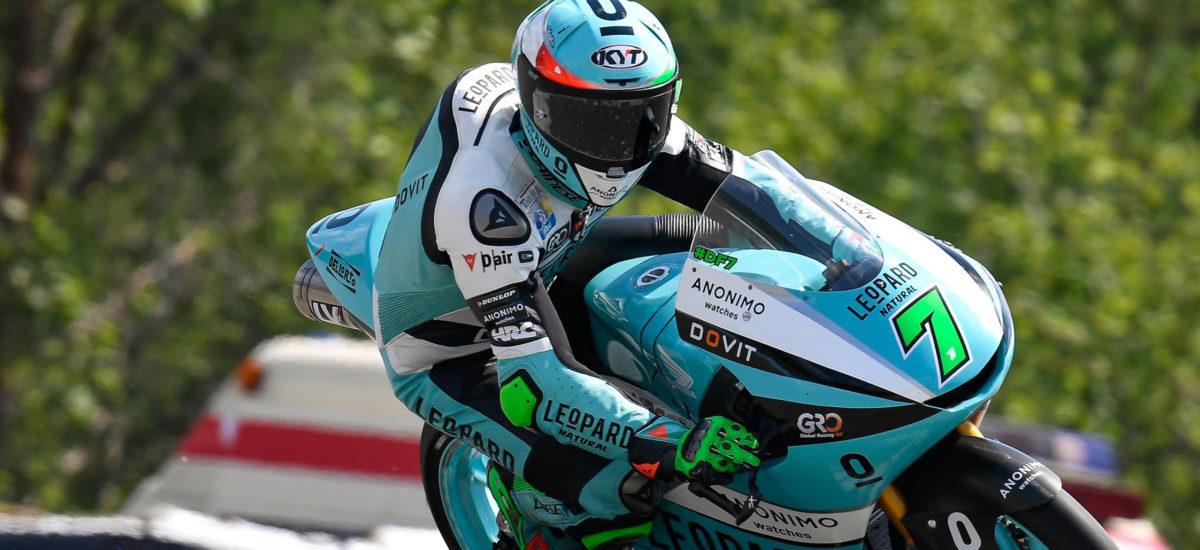 Première splendide victoire de Dennis Foggia