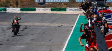 Carton plein pour Jonathan Rea au Portugal!