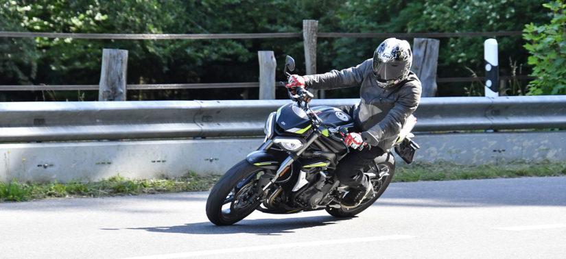 Street Triple RS: honneur à la race des seigneurs :: Test Triumph :: ActuMoto