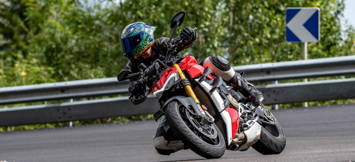 Ducati Streetfighter V4S – une main de fer dans un gant de soie